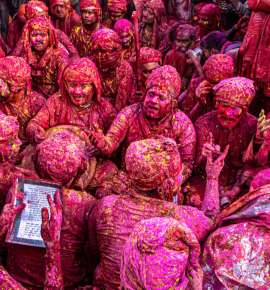 In Pictures: Glimpses of Braj Holi, 2021
