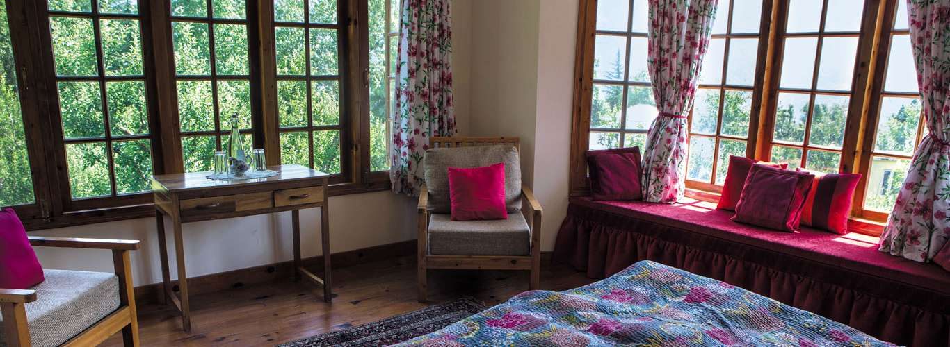 Enjoy A Heart-To-Heart With Nature At The Lama House