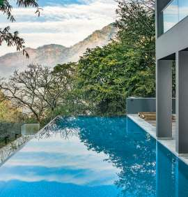 Experience Luxury In The Lap Of Nature in Uttarakhand