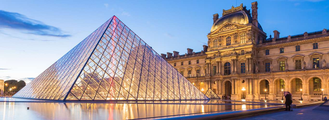 Art Lovers, the Louvre is Reopening