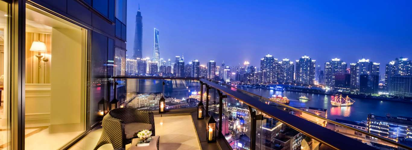 Half a Billion Chinese are on Holiday, Hotel Prices Shoot Up