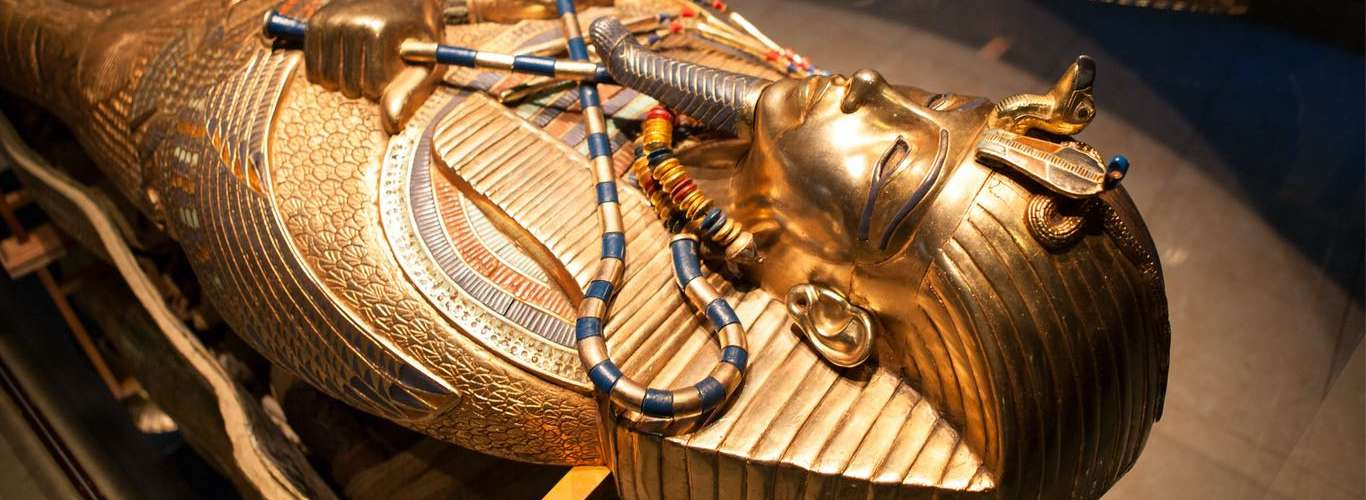 World's Largest Museum with Tut's Treasures to Open in Giza