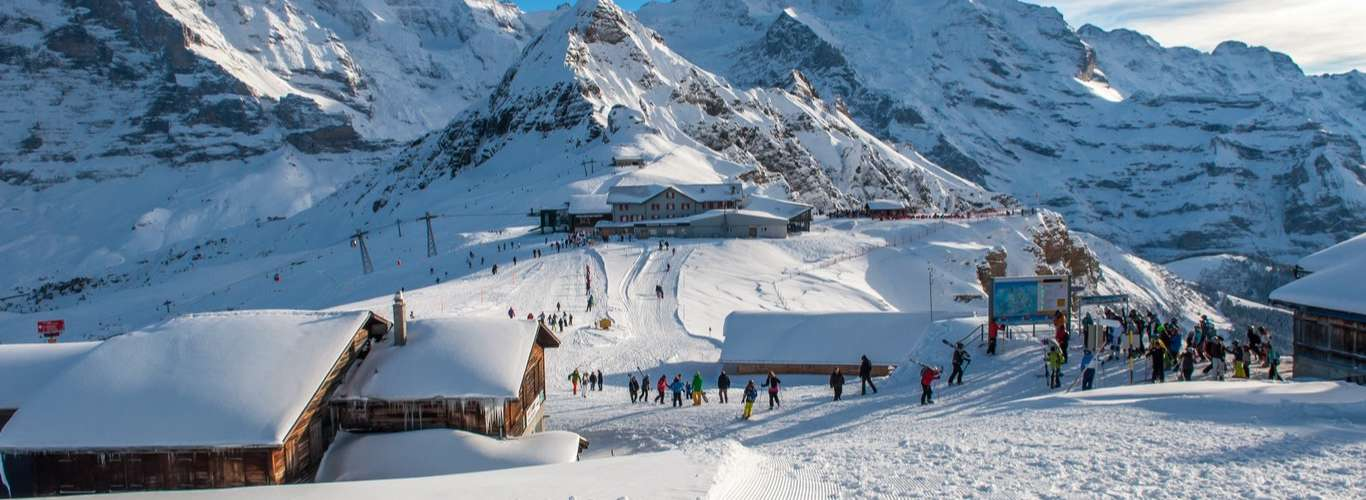 Book a Stay in an Igloo in Manali