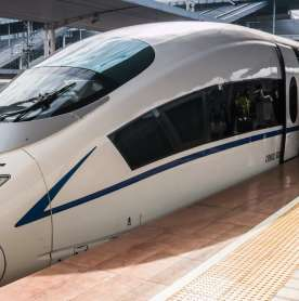 China's New Speed-Bullet Train can Operate in Extreme Cold Weather