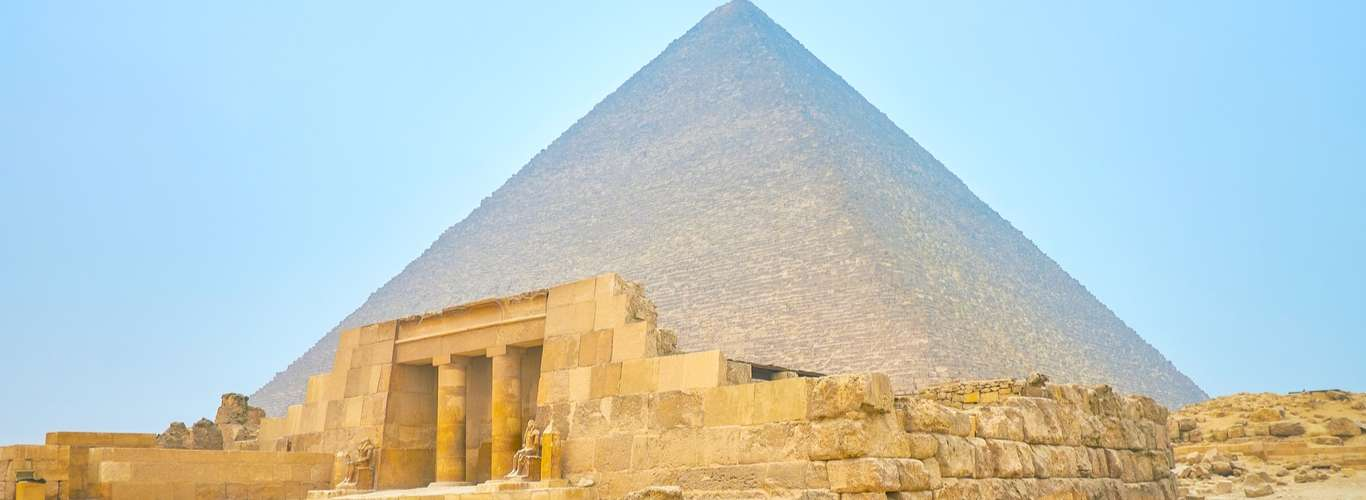 Explore a 5,000-Year-Old Tomb in Giza from your Couch