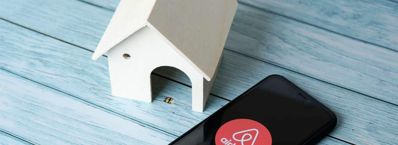 How Airbnb's Updated Policy Will Help Your Pre-Bookings