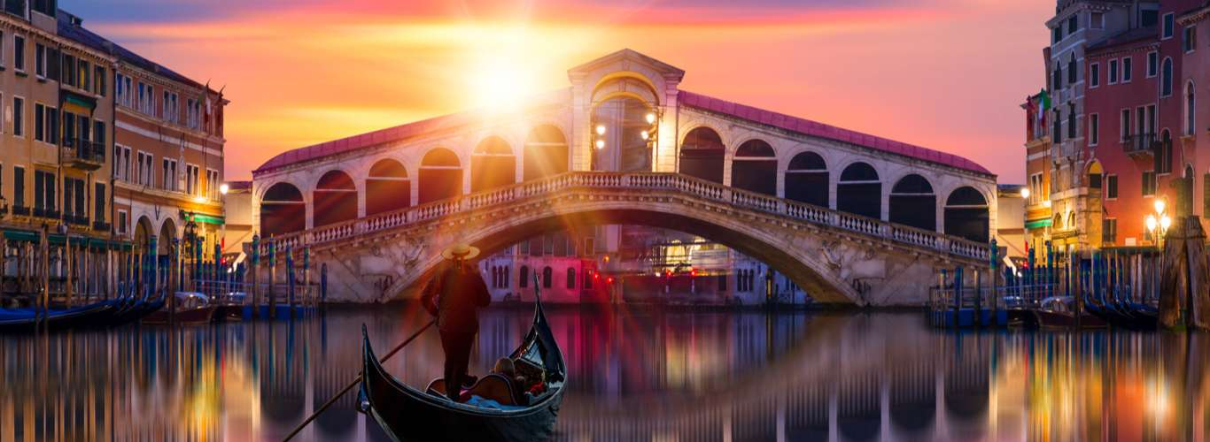 Venice is Tracking Tourists who Enter the City, and Here's Why