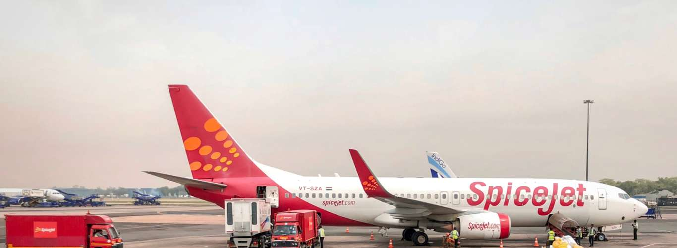 Now Fly Non-Stop to London from Delhi and Mumbai with SpiceJet