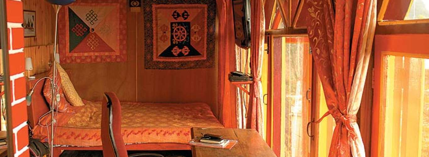 Doma's Inn: For a bright and beautiful stay in Mussoorie