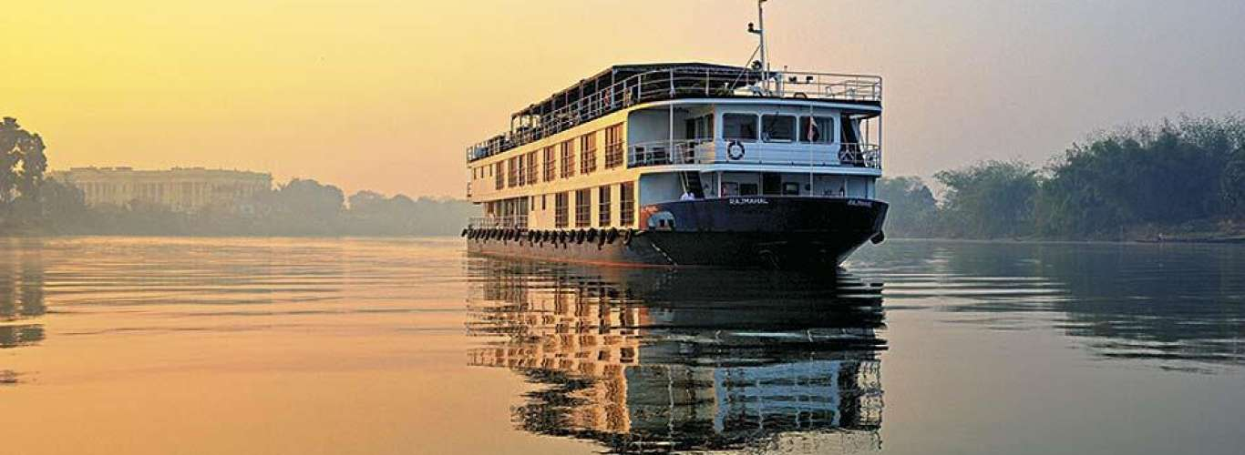 Hooghly cruise - A river sutra