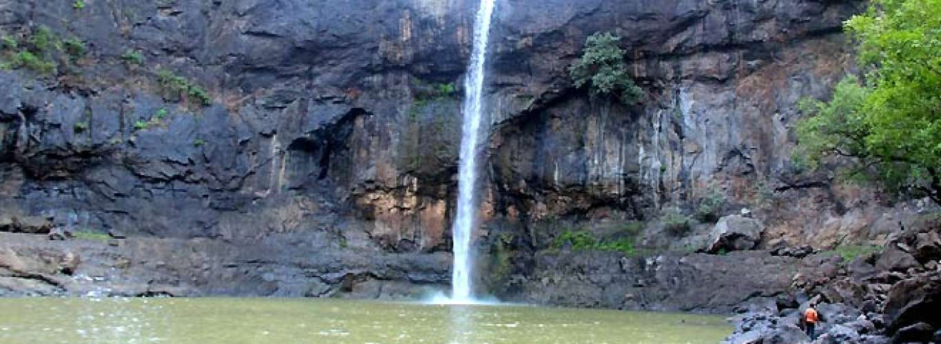 Five rain-fed waterfalls near Mumbai