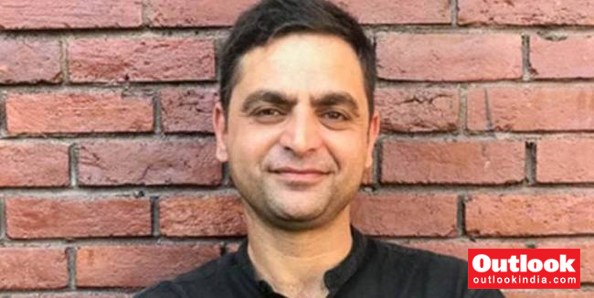 Not Allowed To Leave Country, Kashmiri Journalist Gowhar Geelani Stopped At Delhi Airport