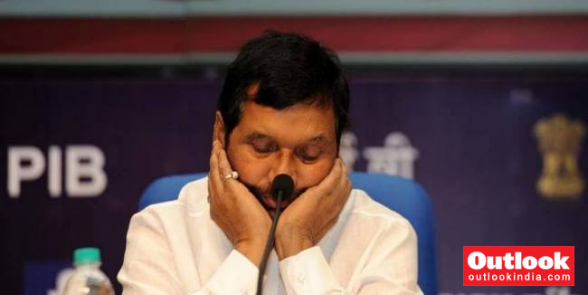 Ram Vilas Paswan S Daughter May Contest Against Father If Fielded By Rjd Claims Her Husband
