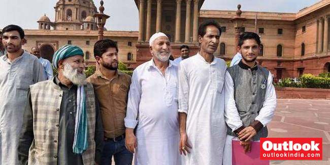J&K Sarpanch, Panch Leave Govt Lodging For Local Body Polls, NC Calls It 'Sham'