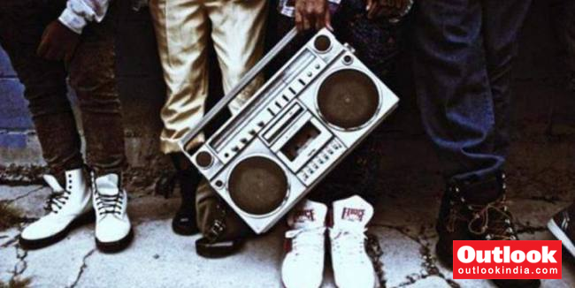 Rap Shifts From Stage To Classrooms, MU Rolls Out New Course 'Hip Hop Studies'