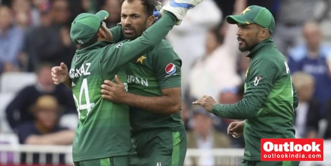 Pakistan Vs Sri Lanka, Live Score, ICC Cricket World Cup 2019: PAK Test For Wobbly SL Top Order