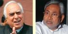 <b>HRD vs Bihar CM</b> Kapil Sibal and Nitish Kumar