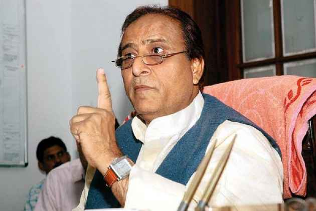 Azam Khan Claims Indian Army 'Gifted' Battle Tank To His University