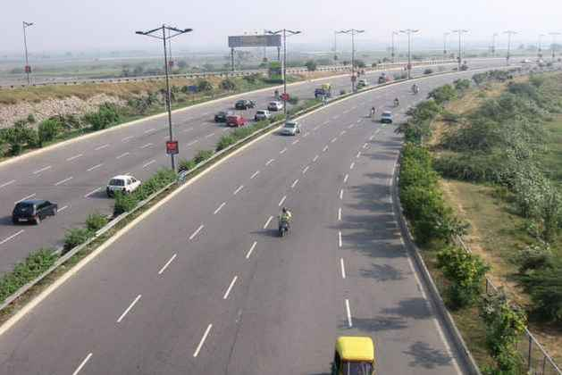 Jaypee Associates Seeks Permission From SC To Sell Yamuna Expressway To Pay Rs 2,000 Crore Debt