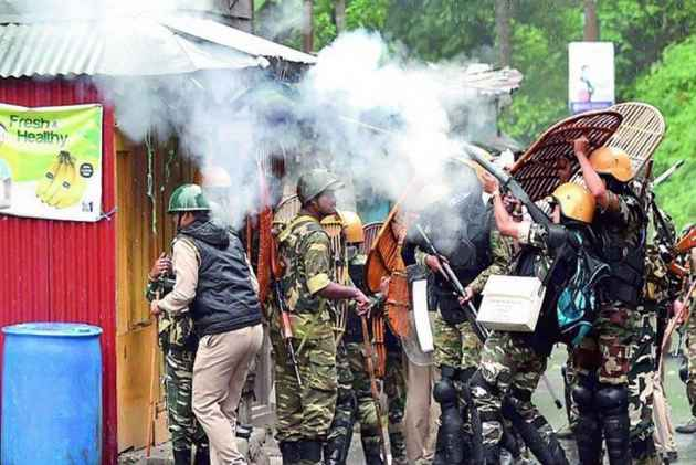Darjeeling: Sub-Inspector Killed, Several Policemen Hurt In Clashes With Bimal Gurung Loyalists