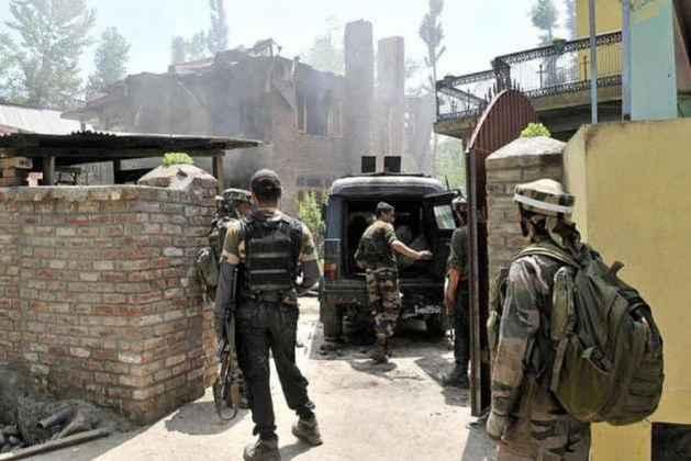 Two  Lashkar-e-Taiba Militants Killed In Encounter In Kashmir's Pulwama
