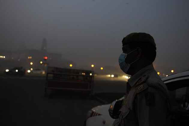 Delhi smog: Diplomats panic over pollution, turn to MEA