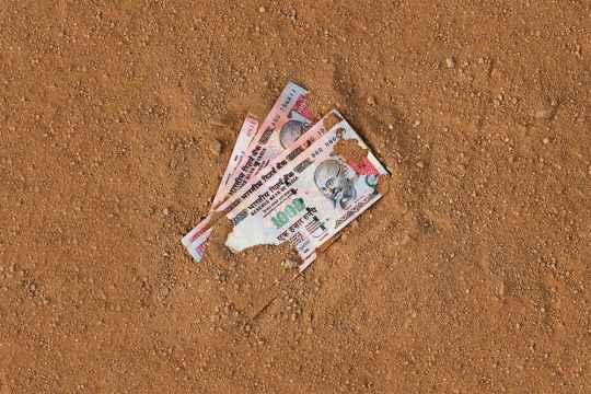 The Cash Demonetisation Economy