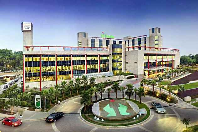 Seven-Year-Old Dies Of Dengue, Gurgaon Fortis Bills  Parents 18 Lakh, Charges For 2700 Gloves And 660 Syringes