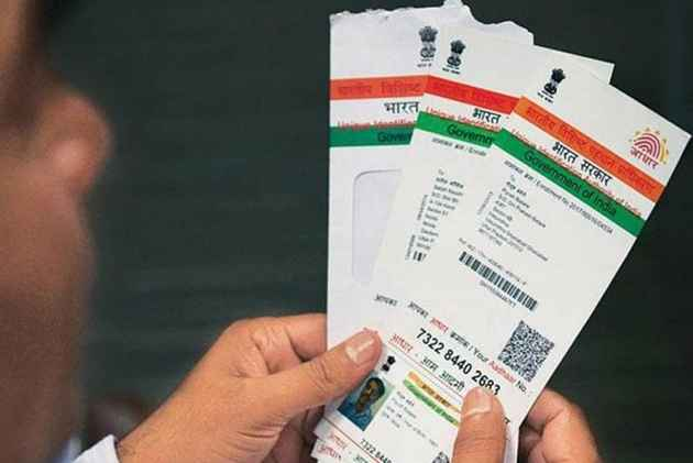 Centre proposes extension of mandatory Aadhar linking up to March 31, 2018