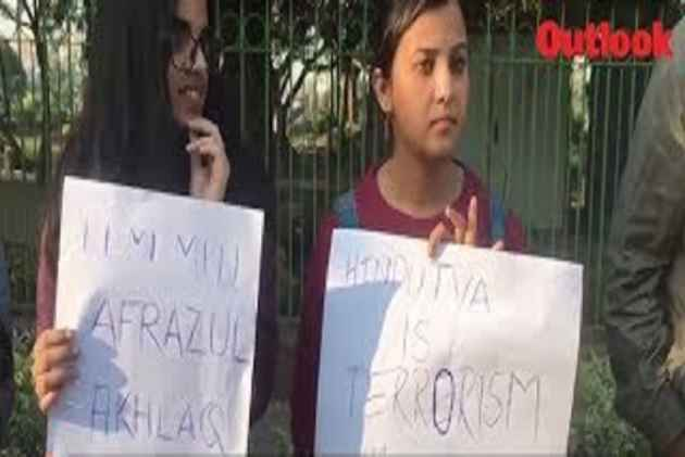 Delhi: Students, Activists Protest Against The Killing of Muslim Labourer Afrajul Khan In Rajasthan