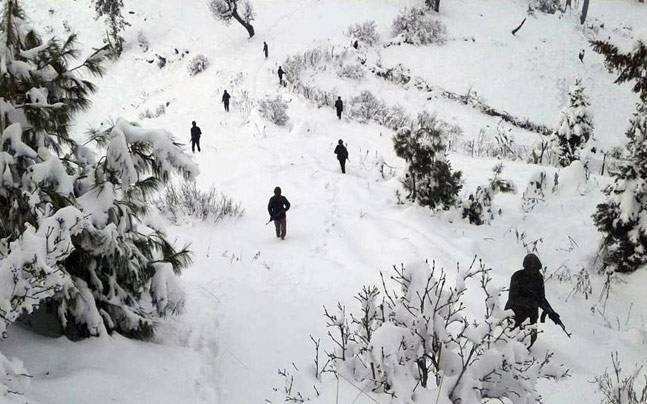 5 soldiers missing as Avalanches hit Army posts in J&K