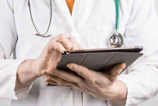 Cash, gold seized in tax raids on Bengaluru medical labs