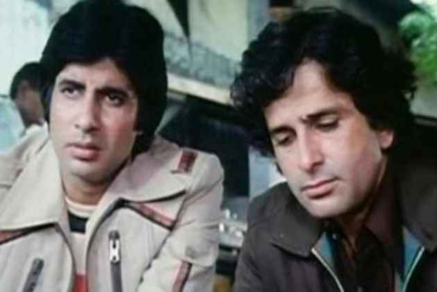 With Men Like Shashi Kapoor Around, I Stood No Chance At All, Writes Amitabh Bachhan In Tribute To The Veteran Actor