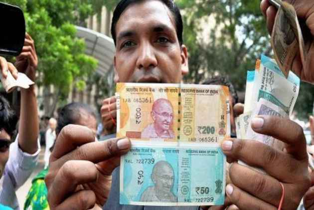 Delhi High Court To Govt: Examine New Currency Notes As Visually Impaired People Are Facing Difficulties