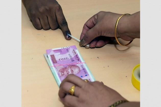 'Children Bank of India' dispenses fake Rs 2000 notes at Delhi ATM