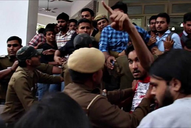 Ramjas college row: Kanhaiya, Umar, Najeeb's mother join protest march against ABVP