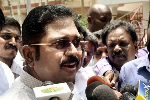 Delhi Police Arrest AIADMK Faction Leader Dhinakaran, Close Aide For Trying To Bribe Election Commission Official