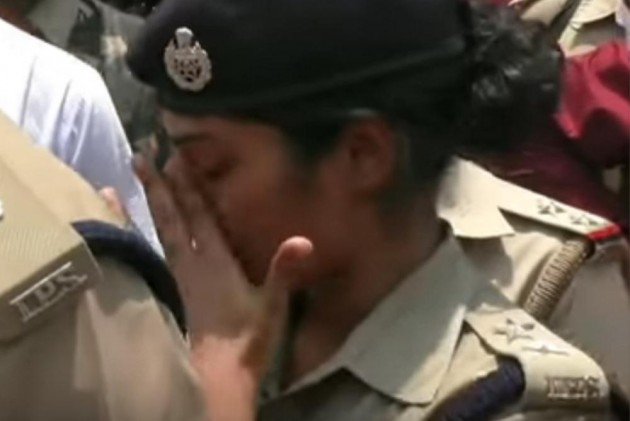 BJP MLA yells at IPS officer, leaves UP's 'Lady Singham' in tears