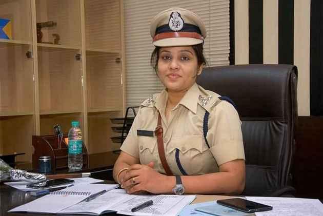 Karnataka Senior Cop D. Roopa, Who Exposed Sasikala VVIP Treatment In Jail, Transferred
