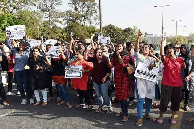 JNU VC asks govt. to install a battle tank on campus