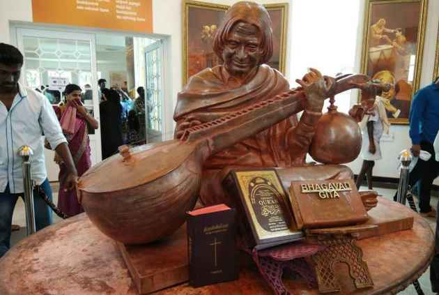 Row over Kalam statue with Gita next to it snowballs