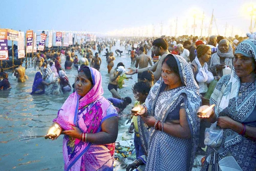 Order declaring Ganga, Yamuna as living entities stayed by SC