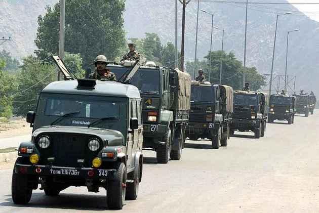 2 Army Men, 3 Militants Killed In Shopian Encounter