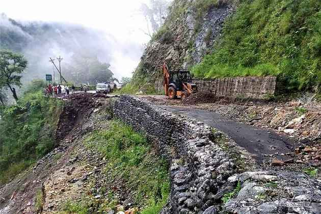 Himachal Pradesh: At Least 8 Killed As Two Buses Hit By Massive Landslides, Toll Expected To Rise