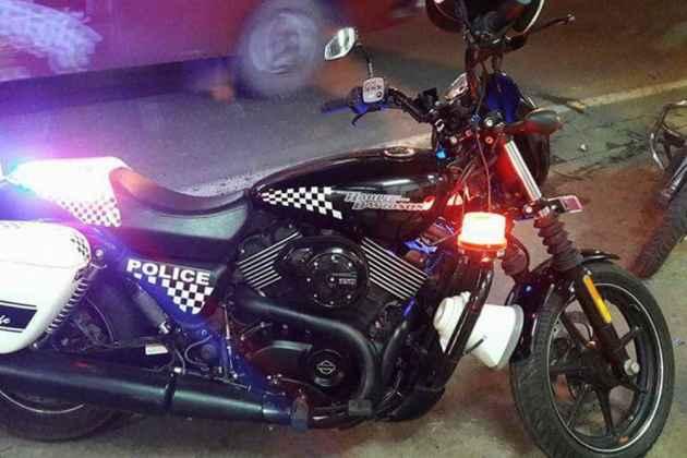 Royal Enfield In Kolkata Police To Give Way To Harley Davidson