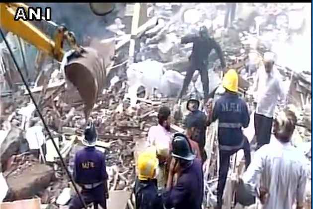 MHADA blames SBUT for Bhendi Bazar building collapse