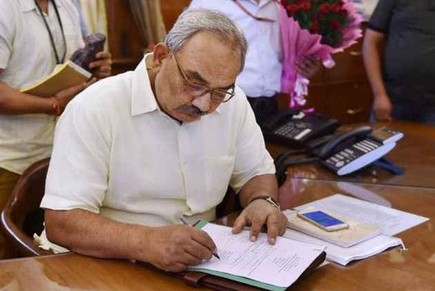 Former union home secretary Rajiv Mehrishi appointed new CAG