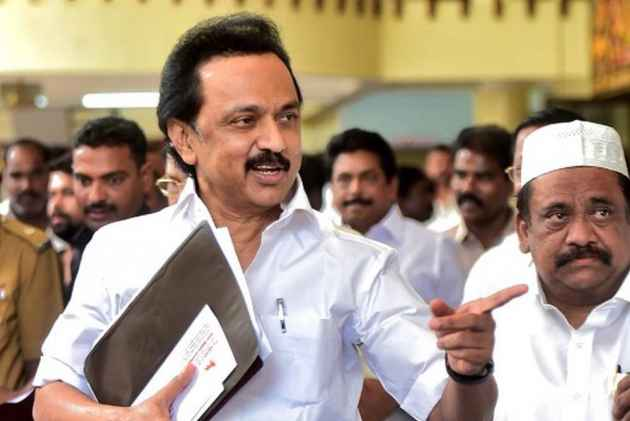 DMK-led opposition meets gov., demands immediate convening of assembly