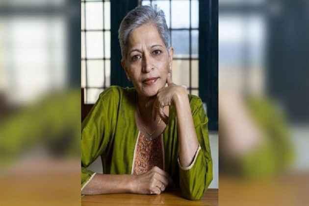 Mamata Banerjee participates in candlelight vigil to condemn Lankesh's murder