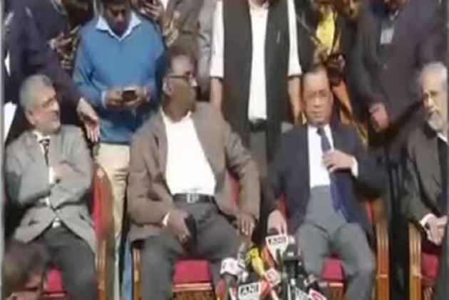 In An Unprecedented Press Conference, Four Top SC Judges Take On Chief Justice
